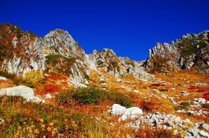 紅葉と山登りの写真(千畳敷カール/木曽駒ケ岳/濃ヶ池)