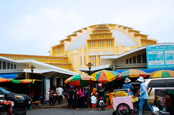 カンボジアの旅 色鮮やかなセントラルマーケットの世界